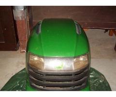 JD Garden tractor Hood