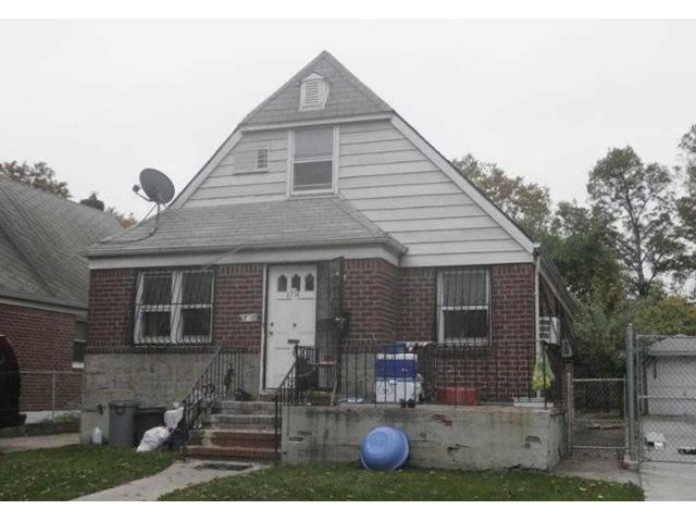 Beautiful Brick Single Family Cape For Sale In Fresh Meadows | free-classifieds-usa.com