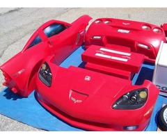 RED CORVETTE CHILD BED INCLUDES EXPENSIVE MATTRESS & TOY BOX
