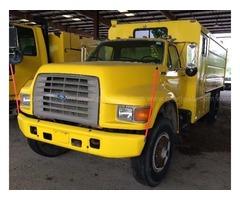 1996 Ford F800 Chipper Truck