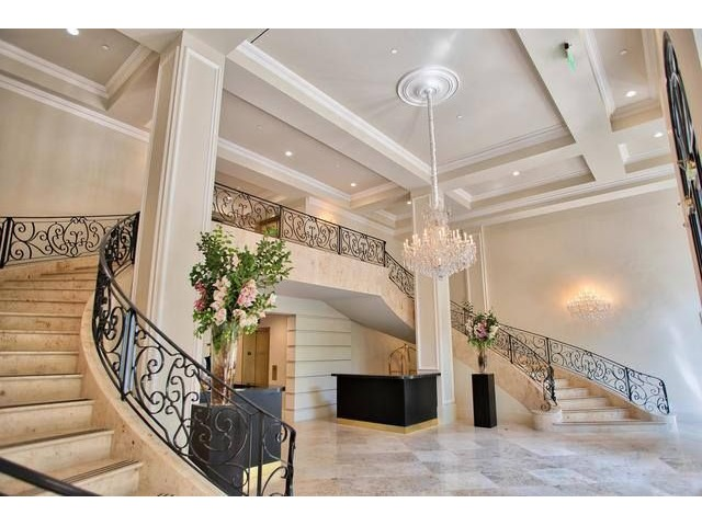 Captivating Luxury Homes For Sale Beverly Hills