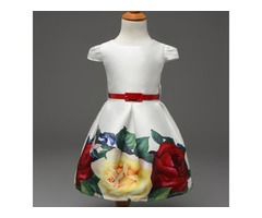 Classic Floral Printed Dress With Belt