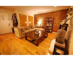 WELL FURNISHED 2BEDROOM APARTMENT AVAILABLE TO SHARE