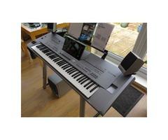 Yamaha Tyros 5 76 keys Keyboard synthesizer
