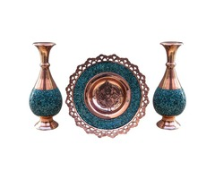 pot and turquoise container CODE:121