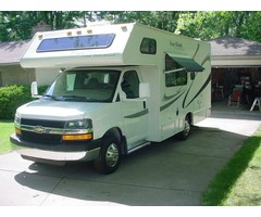2005 Four Winds M21 RB Motorhome