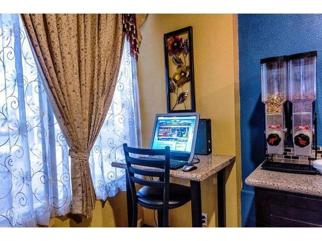 Economical Hotels Near Phoenix AZ Downtown | Travelodge | free-classifieds-usa.com