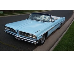 1961 Pontiac Bonneville Convertible 389 Tri Power 8 lug 4 Speed