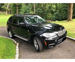 2013 BMW X5 .. Very Rare 50i Engine, Lots of Power- Ultra Sharp