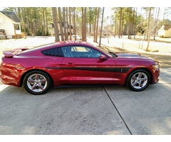2015 Mustang like new