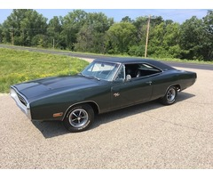 1970 Dodge Charger RT 440 4 speed