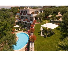 Reserve Your Elegant Villa In Sorrento For Holidays