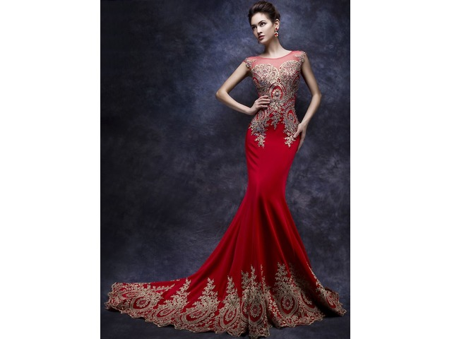 Amazing Mermaid Tulle Neck Appliques Beading Long Evening Dress | free-classifieds-usa.com