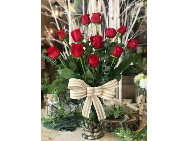 Des Moines Florist - Flower Delivery by Antheia | free-classifieds-usa.com