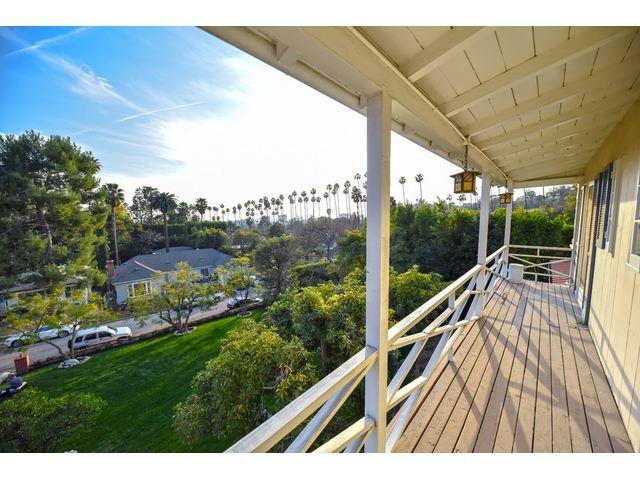 5811 VALLEY OAK DR. LOS ANGELES, CA 90068 | free-classifieds-usa.com