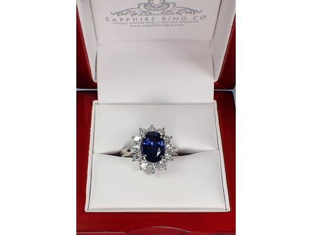 Blue Sapphire and platinum ring | free-classifieds-usa.com