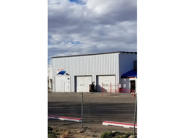 Warehouse 5 Bays-Emission Testing & Studio Apt | free-classifieds-usa.com