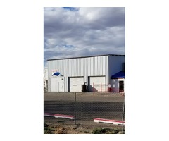 Warehouse 5 Bays-Emission Testing & Studio Apt