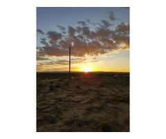 Desert Rose Beauty- 10 Miles Shopping-Restaurants-Movies!