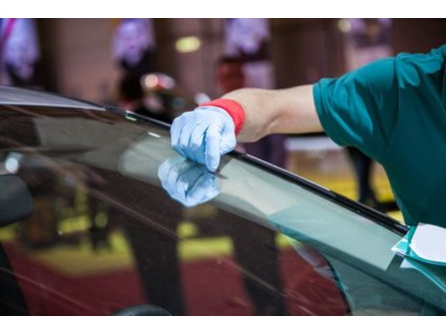Are you looking for auto glass repair in west palm beach Florida ?  | free-classifieds-usa.com