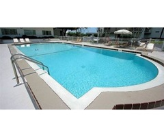 Hire Commercial Swimming Pools Construction Company in Bonita Springs | Contemporary Pools