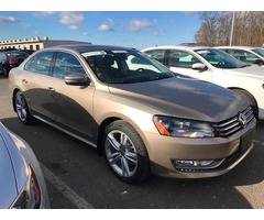2015 Volkswagen Passat SE PZEV 4dr Sedan 6A w/Sunroof and Navigation For Sale