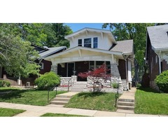 Charming 5 bd 3 bath 2 story bungalow with 2670 sq ft of living space