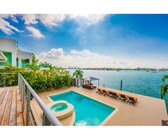 5B Waterfront Home in Miami Beach