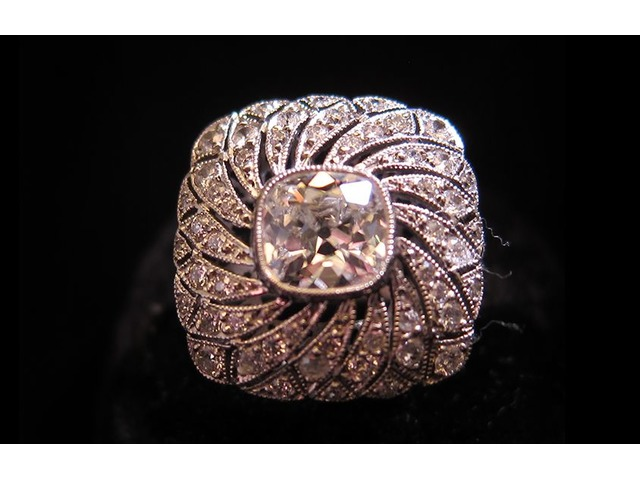 Best Erotic Antique Jewelry collection at Chicago | free-classifieds-usa.com
