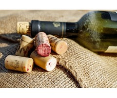 Natural cork stopper for your wine bottle life, Join stanimirov group