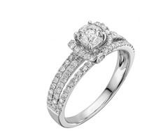 Get The Best Unique Engagement Rings In Houston For Her From Regal Jewelers