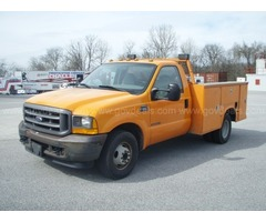 2001 Ford F-350 SD XL 2WD DRW Service Bed Truck