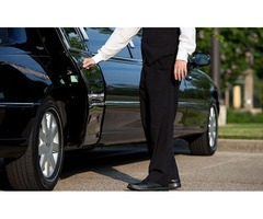 Book Airport & Corporate Limousine Service in Connecticut, US