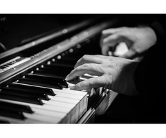 It Couldn't Be Easier To Learn Piano and Keyboard