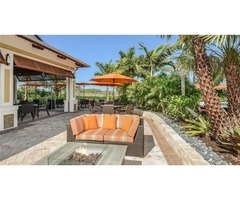 Seasonal Condo Rentals in Naples Fl.