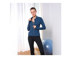 Round collar back phone pocket women sports jacket with thumb hole sports jacket private label