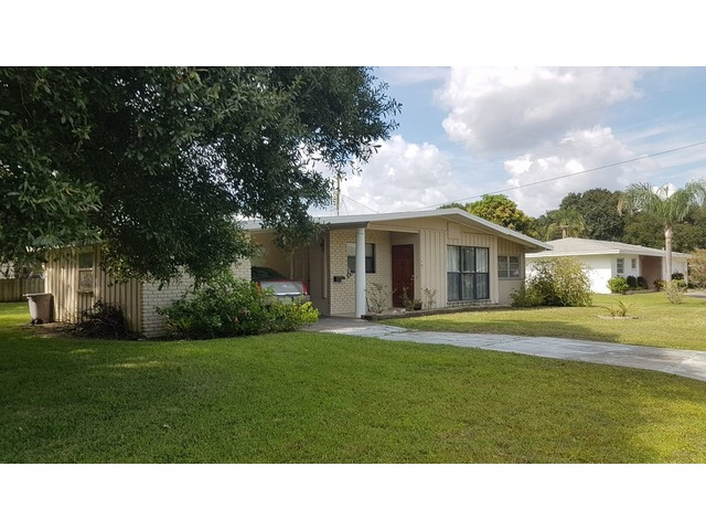 It's sold.  HOME Sarasota FL  HOME  3br 2b on a  9,900 sq ft corner lot.  | free-classifieds-usa.com