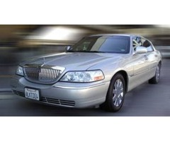 Corporate Limousine in Lake Forest