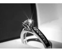 Buying Beautiful Diamond Rings for your loved one