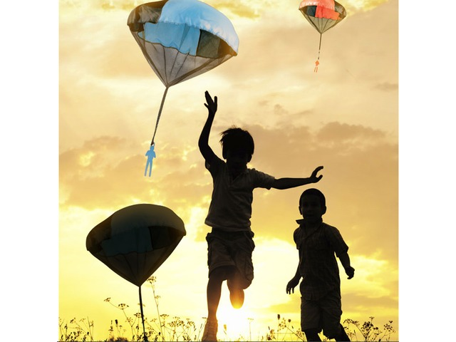 Kids Tangle Toy Hand Throwing Parachute Kite Outdoor Play Game Toy | free-classifieds-usa.com