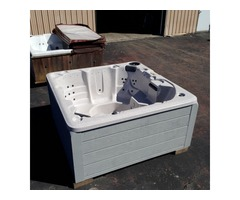 Hot Tub custom made in USA in PA by direct and Save | free-classifieds-usa.com