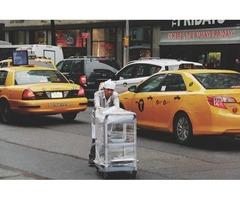 Necesita un taxi rápido y seguro llame 24 / 7 para solicitarlo