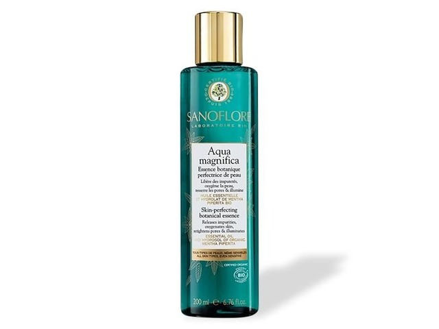 Sanoflore Aqua Magnifica Skin Perfecting Botanical Essence | free-classifieds-usa.com