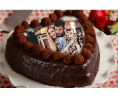 Surprise Your Partner with Valentine's Day Customized Printed Cake