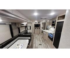 2020 Coachmen Catalina 323BHDS/ Bunkhouse/ Outdoor Kitchen
