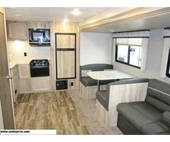 2020 Coachmen Catalina 271RKS