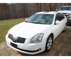 2005 Nissan Maxima SE good condition-adult owner