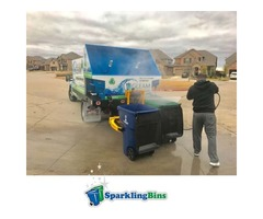 Trash can cleaning service