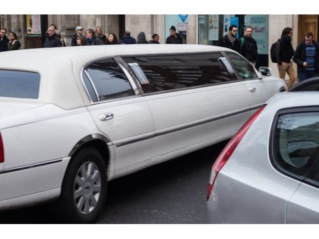 Luxury Limo Services   free-classifieds-usa.com