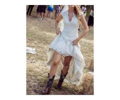 Backless High Low Lace Beach Wedding Dress